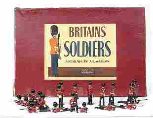 Britains-Set90-Coldstream Gds [21pce version]