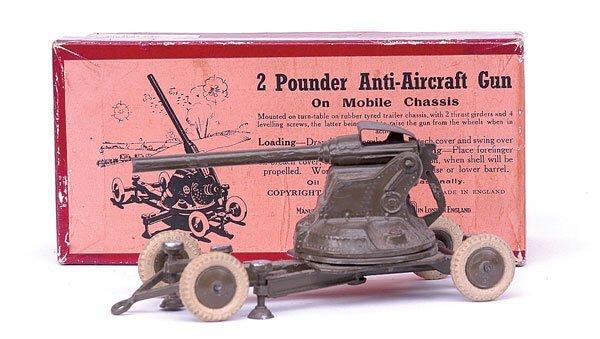 1109: Britains-Set1717-2pdr A-A Gun [1946 Version]