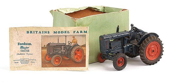 2001: Britains Fordson Major Tractor