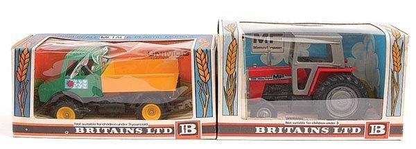 2003: Britains No.9522 Massey Ferguson 595 Tractor