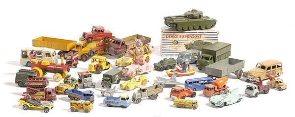 10: A Large Group of Unboxed Diecast