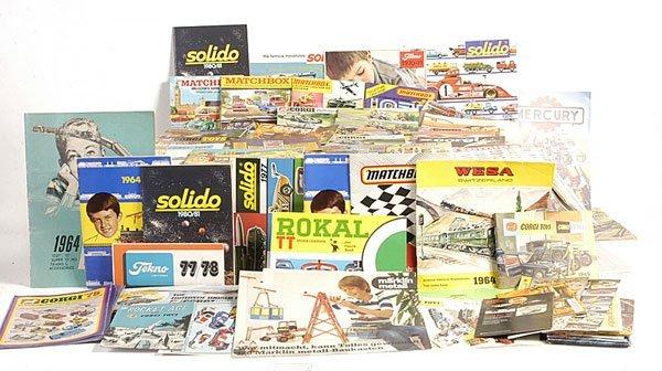 17: A Quantity of Matchbox, Corgi, Solido Catalogues