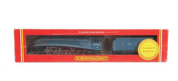 "4008: Hornby R528 4-6-2 No.4498 ""Sir Nigel Gresley"""
