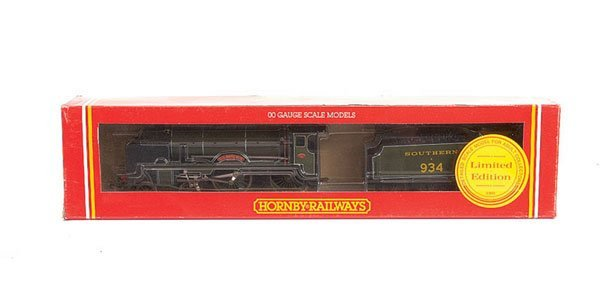 "4009: Hornby R533 4-4-0 No.934 ""St. Lawrence"""
