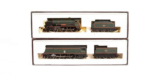 4010: Hornby - A Pair of BR Green Steam Locos