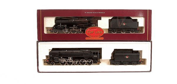 4016: Hornby - A Pair of BR Black Steam Locos