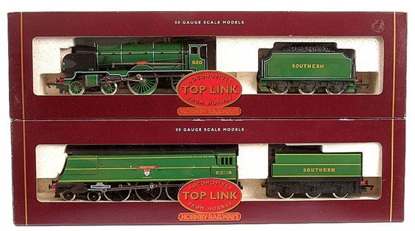 4018: Hornby - A Pair of Southern Steam Locos