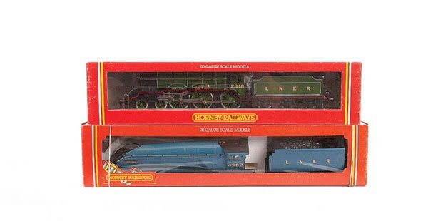 4022: Hornby - A Pair of LNER Steam Locos