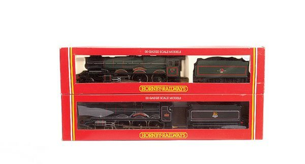 4024: Hornby - 2 x BR Green 4-6-0 WR Steam Locos