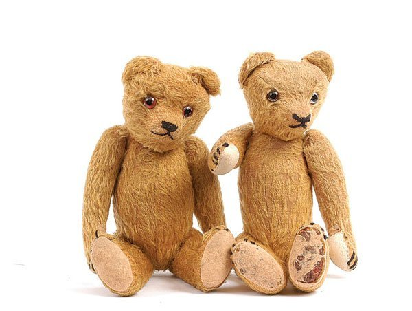 1008: Ted & Growler - A Pair of British Teddy Bears
