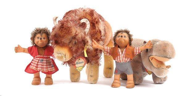 1017: Steiff Bison & Others