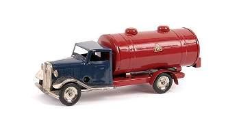 1865: Triang Minic 15M Standard Petrol Tanker