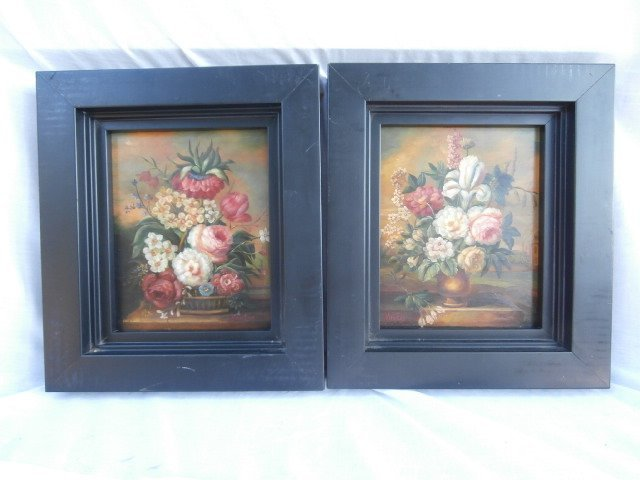 Pair of Dutch Flemish Floral Still Life Paintings - 2