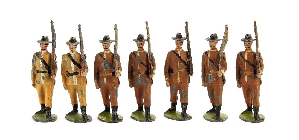 Britains Boer Infantry from set 26, mixture of 1st (5)