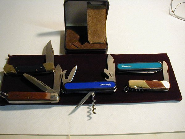 11: 1 POCKET KNIFE COLLECTION, INCLUDES COLON