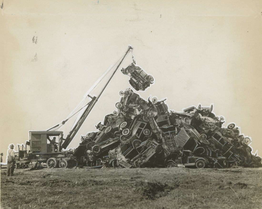 PILING AUTOS FOR SCRAP in Long Beach, CA 1930