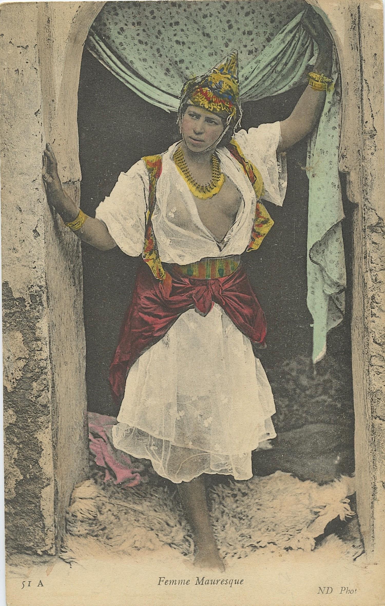 Set of 129 Antique Vintage Victorian Fashion and Souvenir Postcards