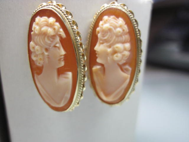 14K Cameo Earrings