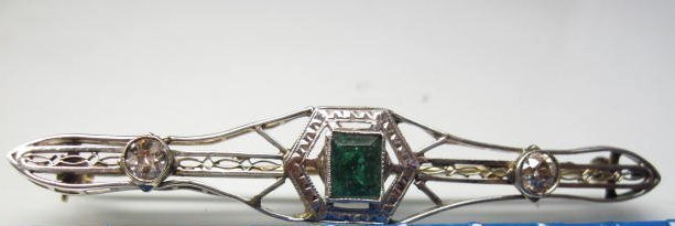 14K Emerald and Diamond Pin