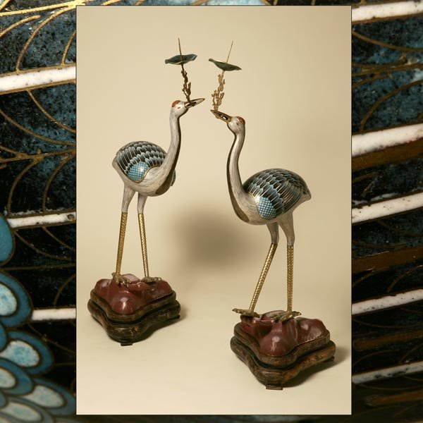 1006: A PAIR OF CHINESE CLOISONNE ENAMEL CRANES