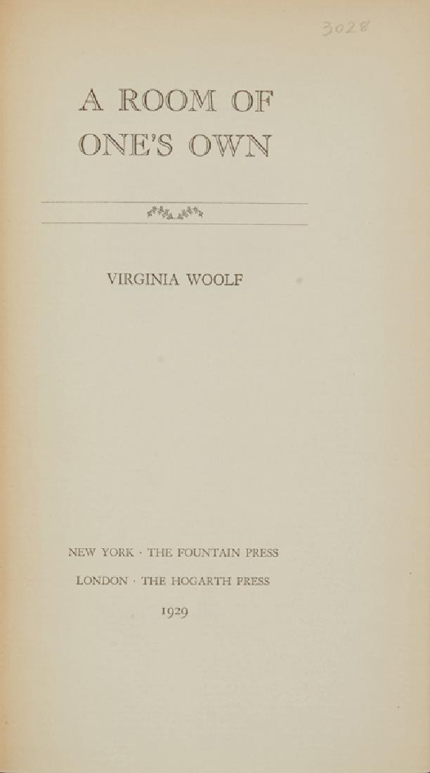 ''A Room of One's Own'' by Virginia Woolf, autographed - 3