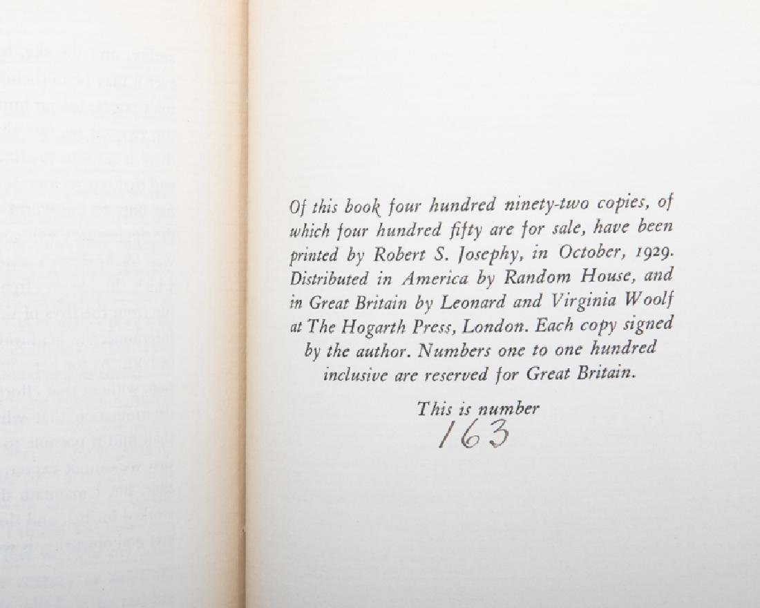 ''A Room of One's Own'' by Virginia Woolf, autographed - 5
