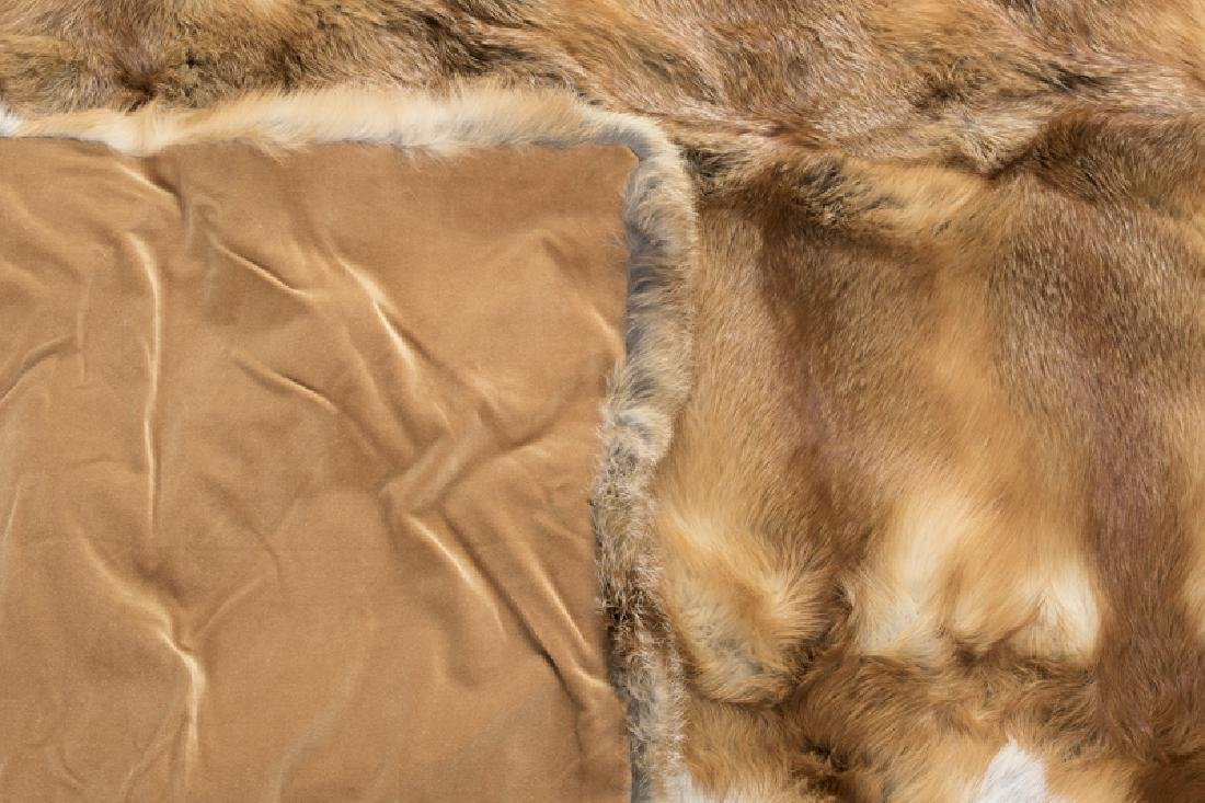 A red fox fur throw blanket - 3