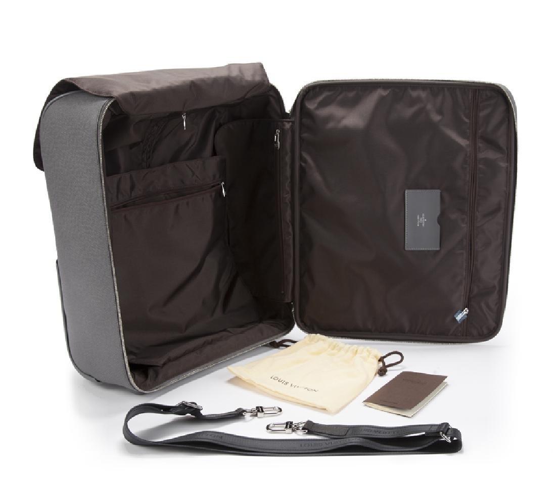 A Louis Vuitton Pegase 45 ''Glacier'' suitcase - 3