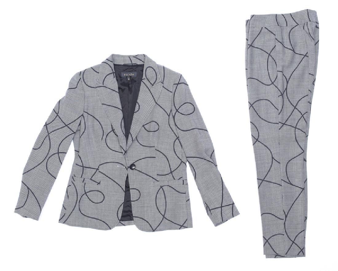A group of Escada clothing - 2