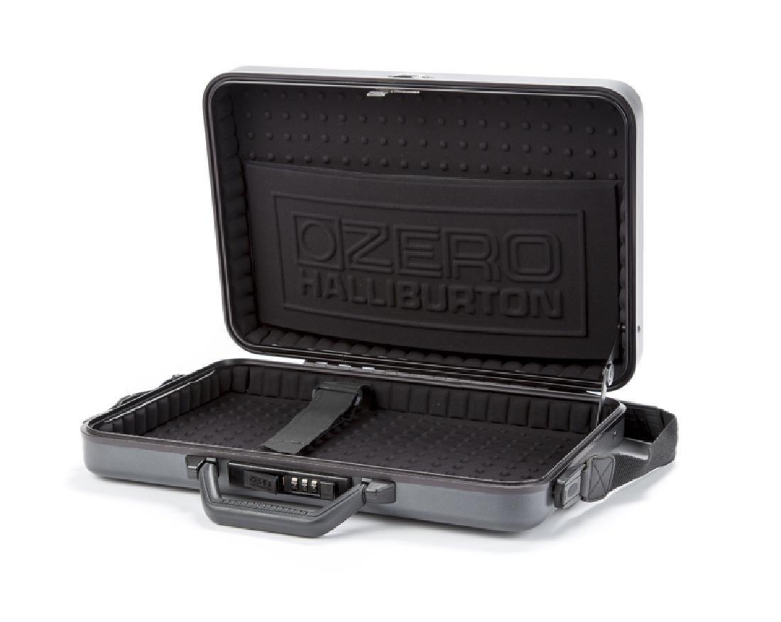 A Zero Halliburton laptop case - 3