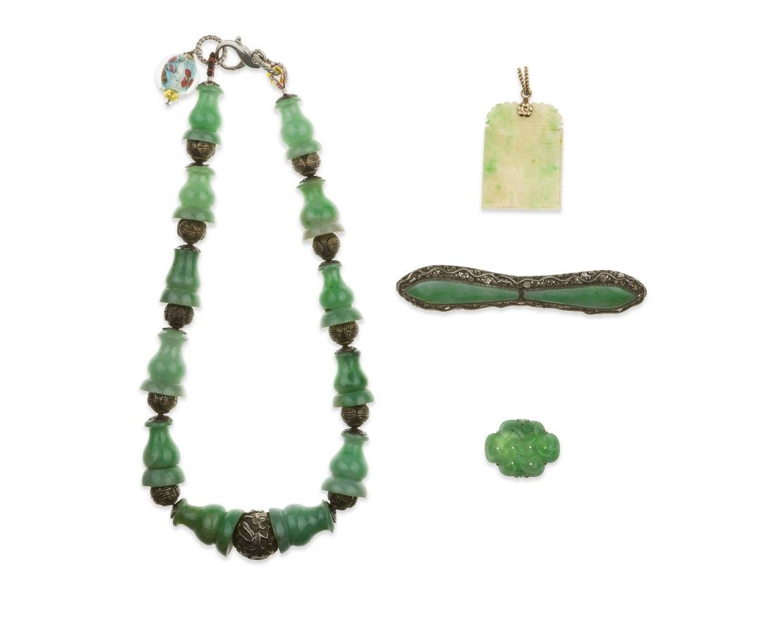 Four jade jewelry tems
