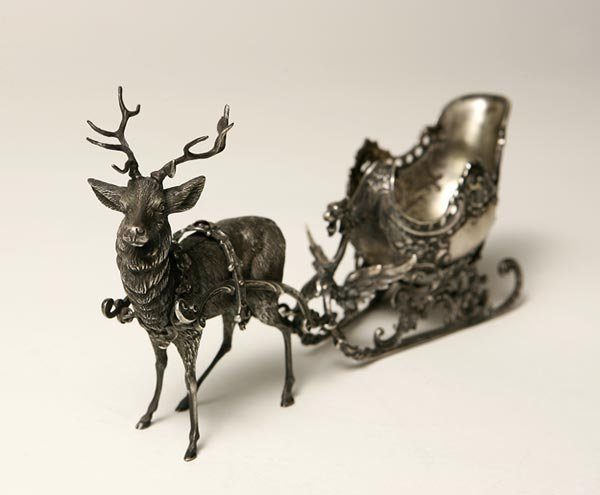 2019: A GERMAN SILVER REINDEER AND SLEIGH GROUP