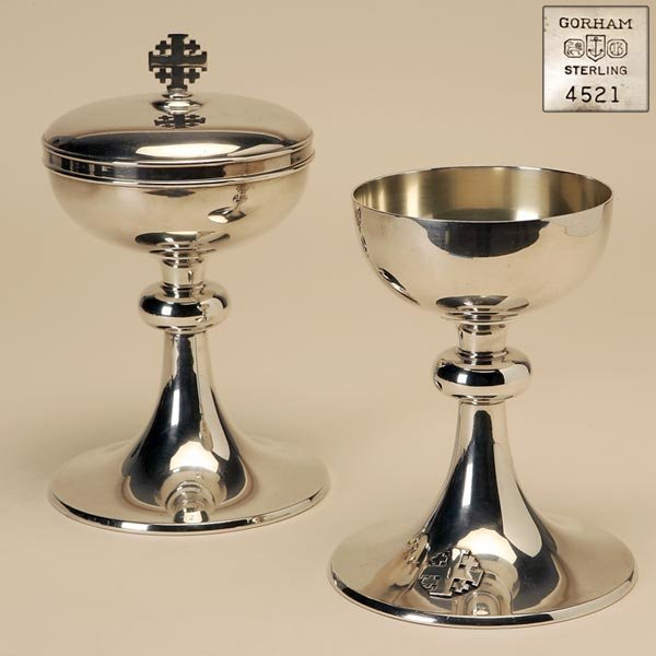 2020: A GORHAM STERLING TWO PIECE COMMUNION SERVICE