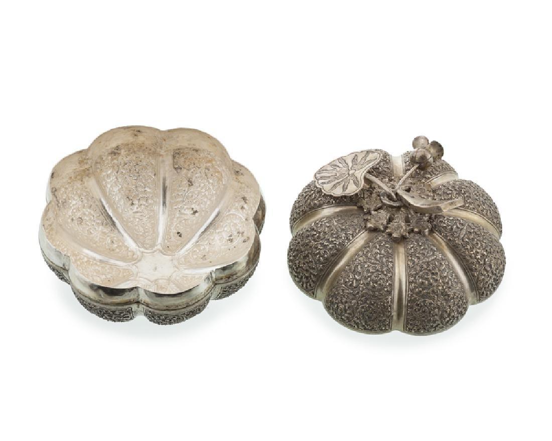 A Cambodian pumpkin-form betel/trinket box - 2