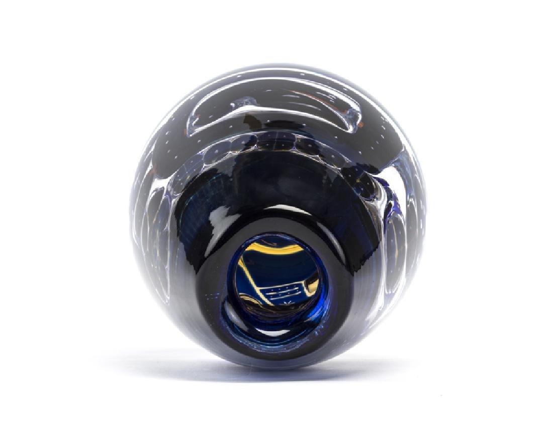 An Edvin Ohrstrom for Orrefors art glass vase - 3