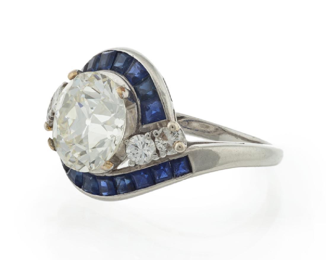 An Art Deco diamond and sapphire ring - 2