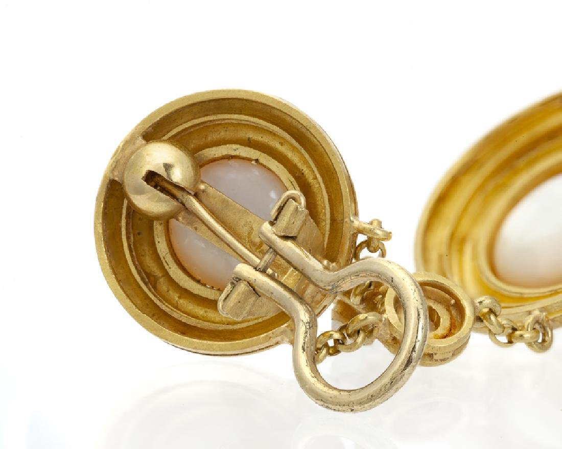 A pair of mabe pearl and gold earrings, Elizabeth Locke - 4
