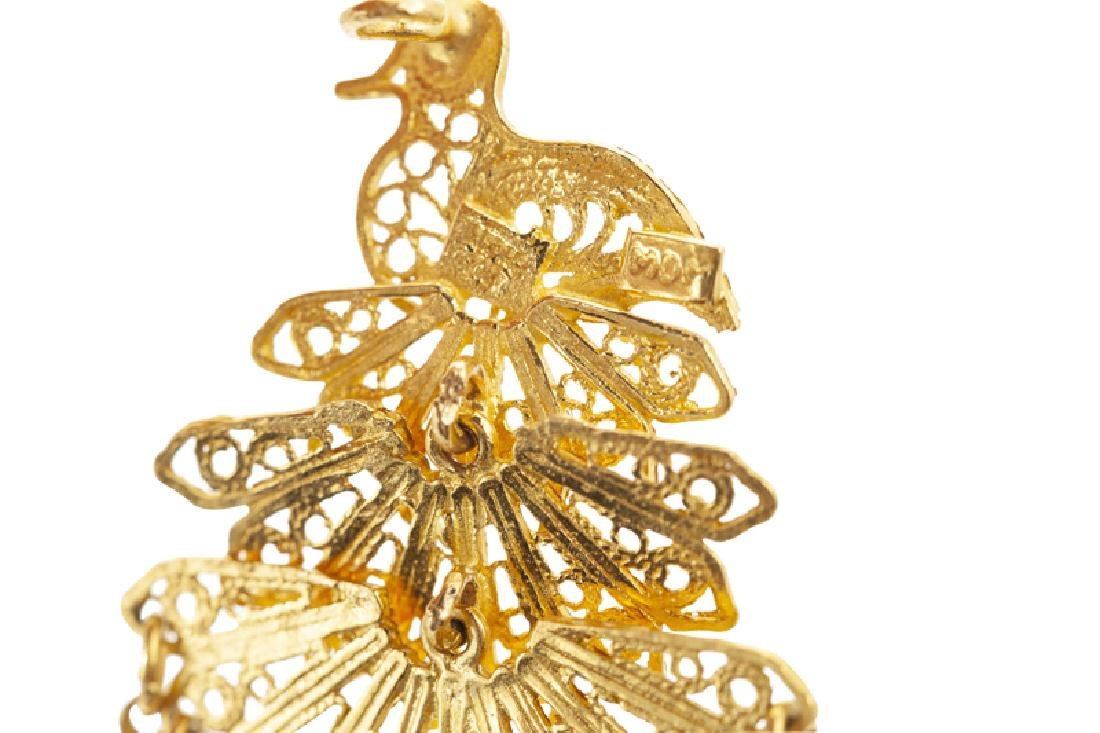A group of high-karat gold jewelry - 3