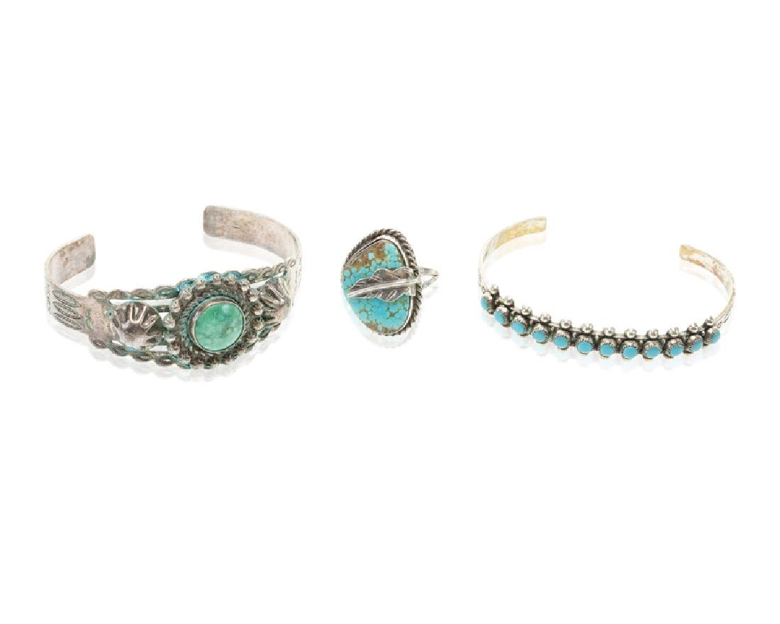 A group of silver and metal jewelry - 3