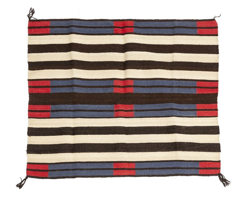 A second phase chief's blanket-style weaving