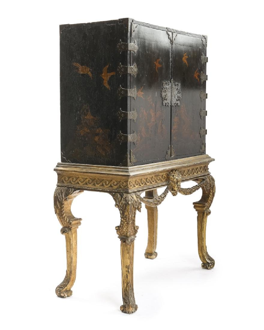 A Continental chinoiserie curio chest on stand - 2