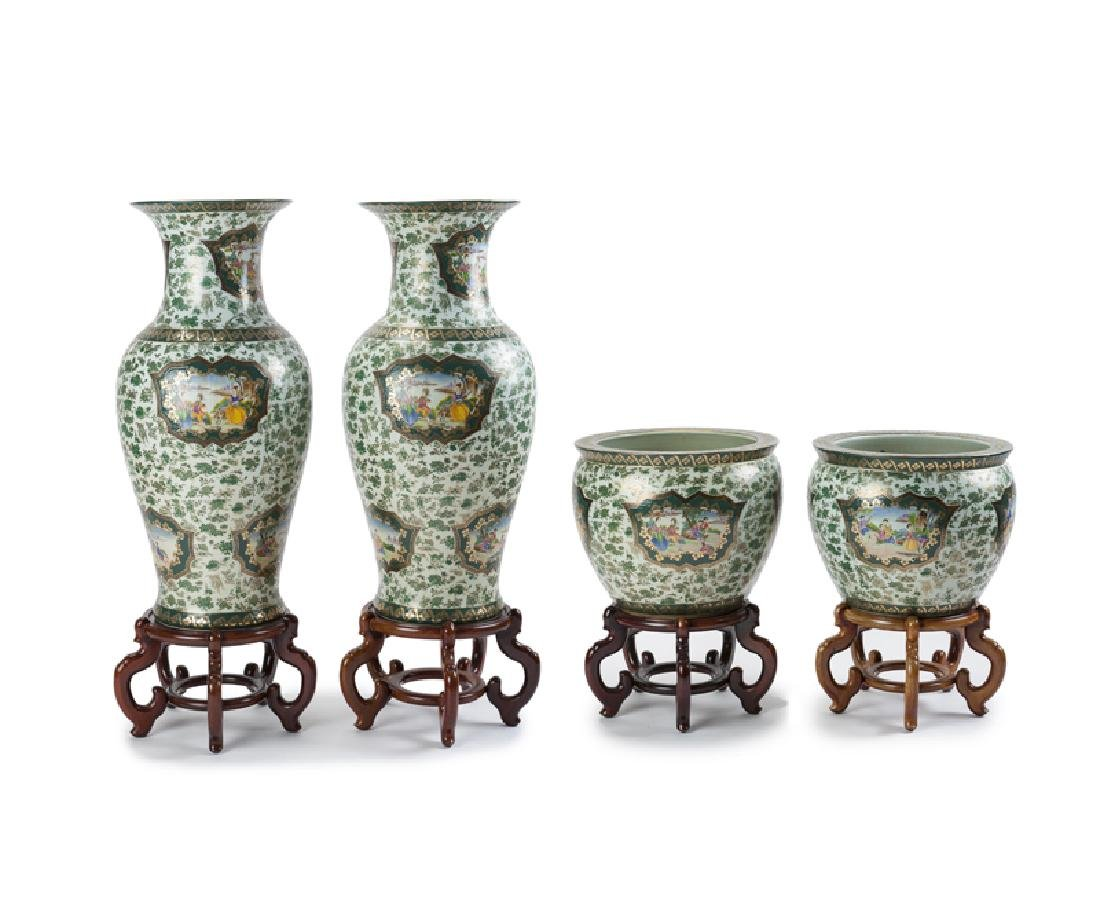 A monumental set of Chinese export porcelain