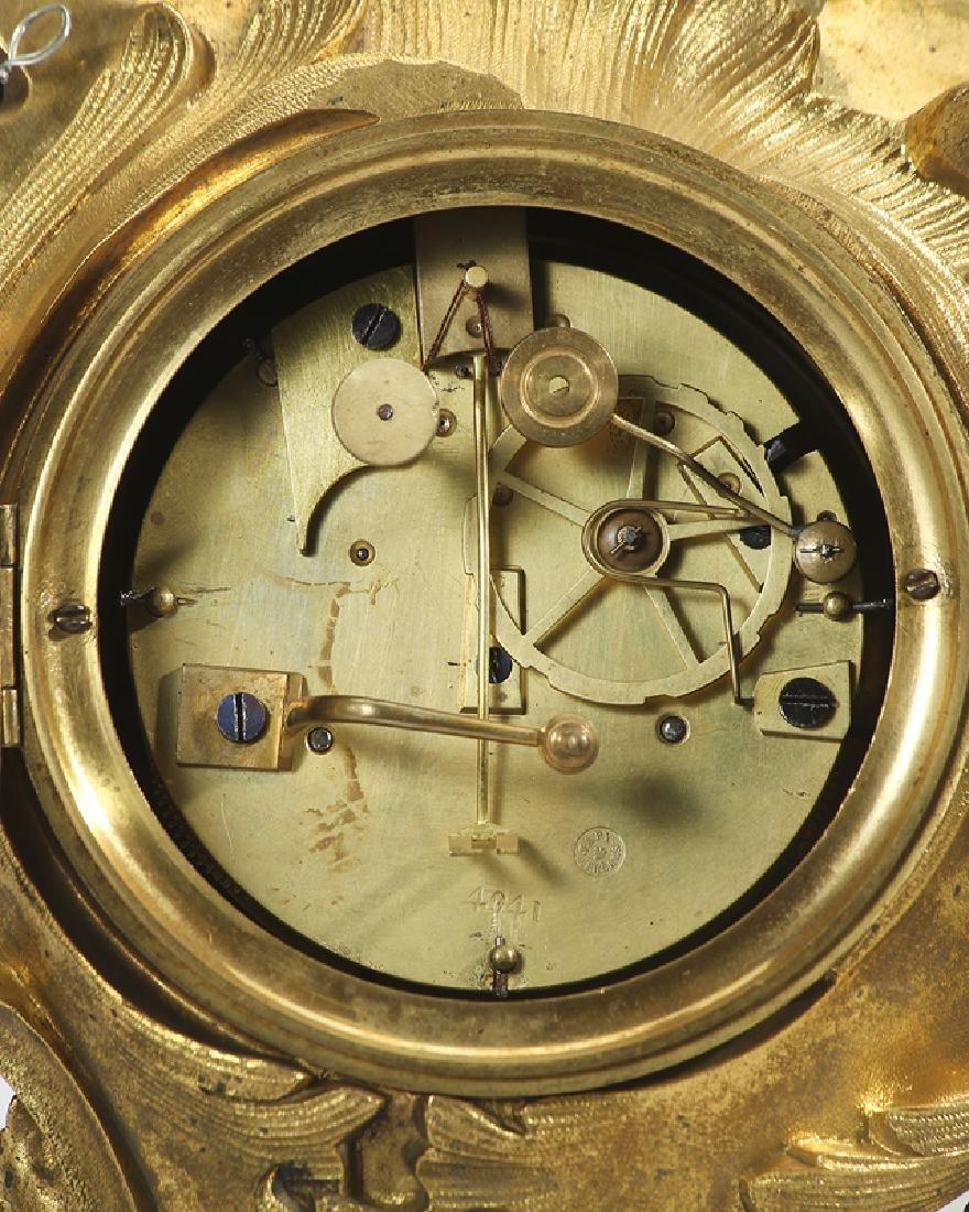 A Louis XV-style gilt-bronze mantel clock - 4