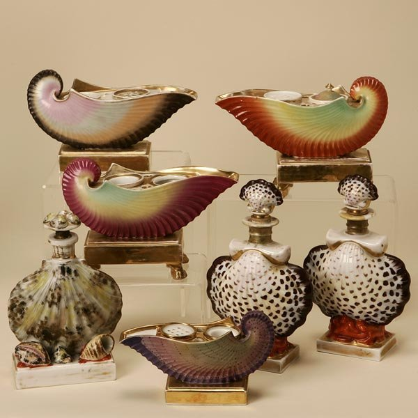 2002: A GROUP OF PORCELAIN INKWELLS AND SCENT BOTTLES