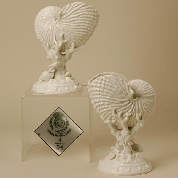 2007: A PAIR OF ROYAL WORCESTER SHELL-FORM VASES