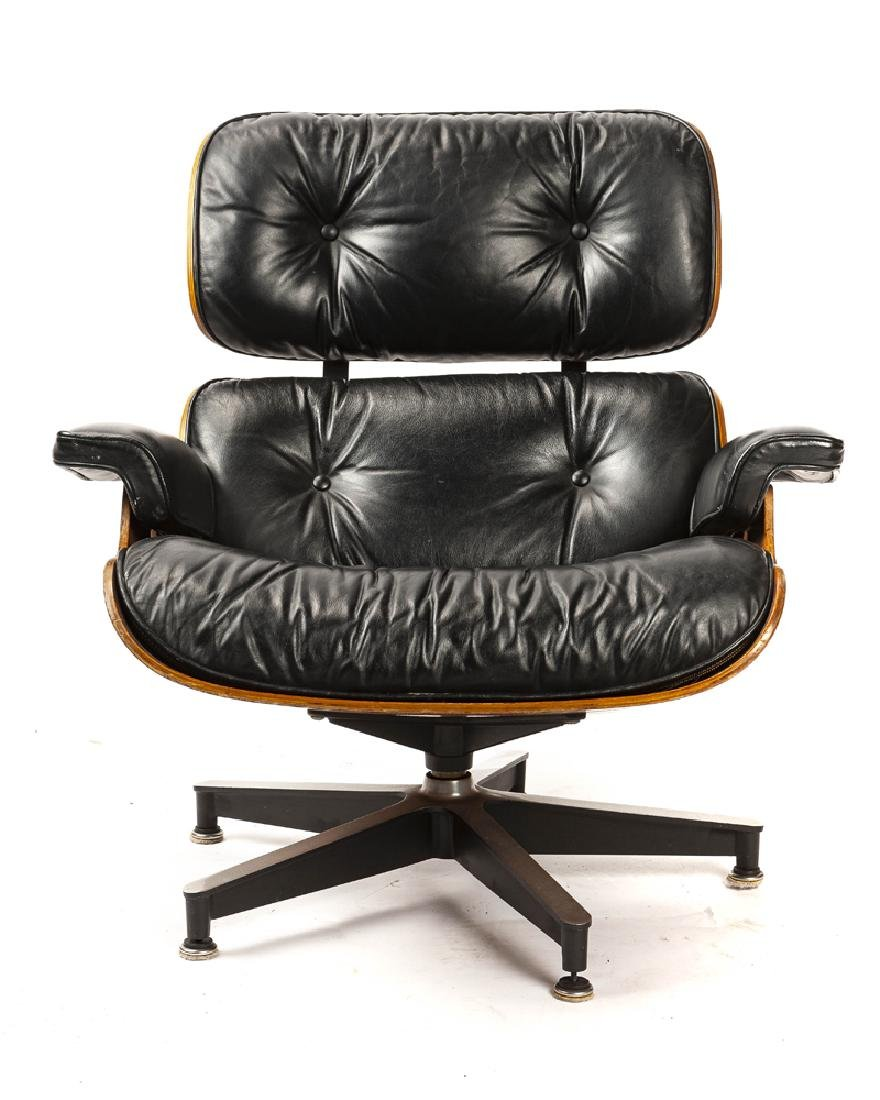 An Eames/Herman Miller lounge chair 670 - 3