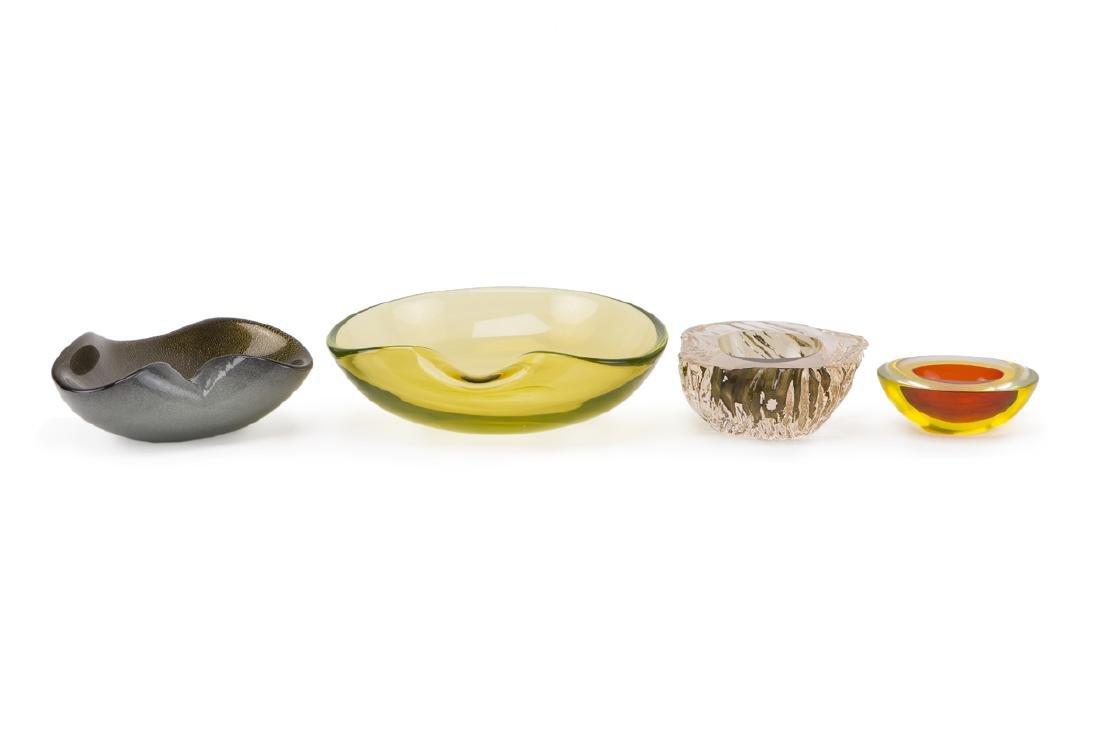 Four Murano glass items
