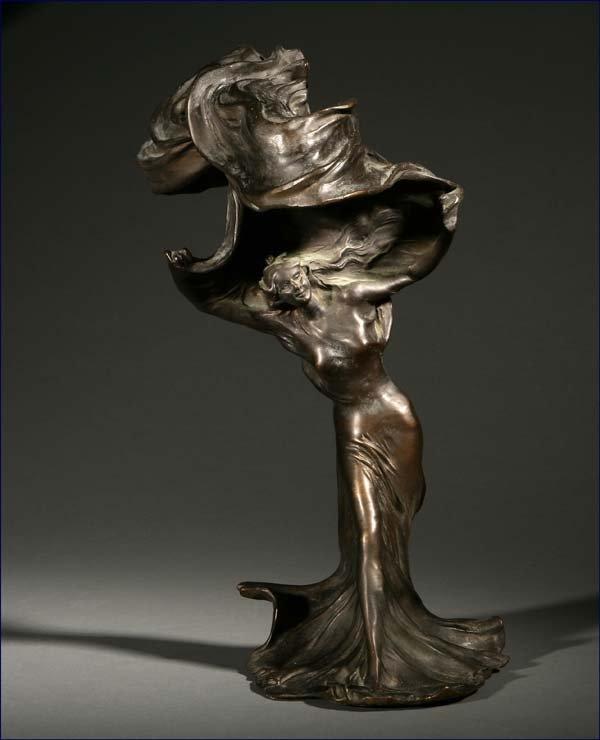 1016: Raoul Larche Art Nouveau Loie Fuller bronze lamp
