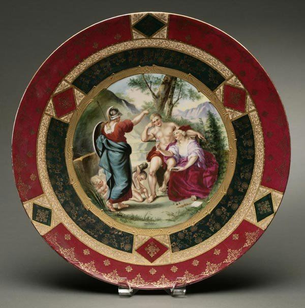 1011: A Royal Vienna style porcelain charger classical