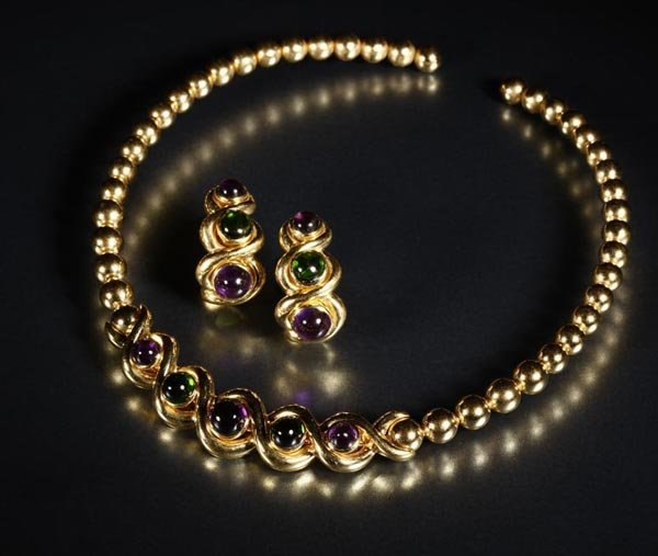 1019: A set of Jean Vitau emerald and diamond jewelry